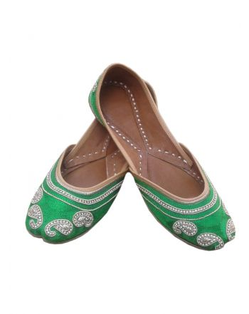 Green Color Punjabi Bridal Jutti